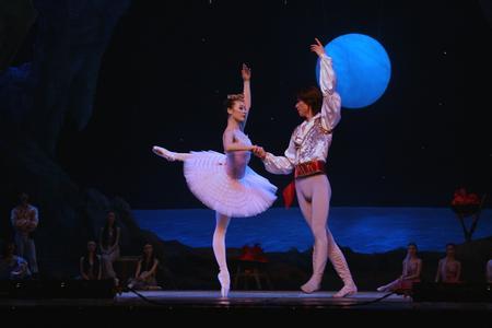 芭蕾舞剧《海盗》视频_独舞|双人舞|变奏|片段|完整版