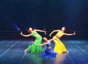 民族舞三人舞视频大全